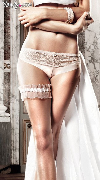 White Lace Thigh Garter with Ruffles