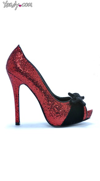 Glittered Scalloped Pump With Bow