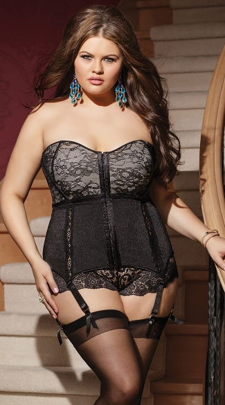 Plus Size Lovely in Lace Corset