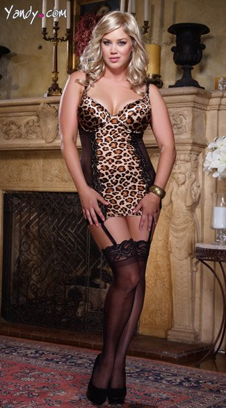 Plus Size Cheetah Print Garter Chemise And Thong