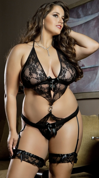 Plus Size Luxurious Lace Teddy
