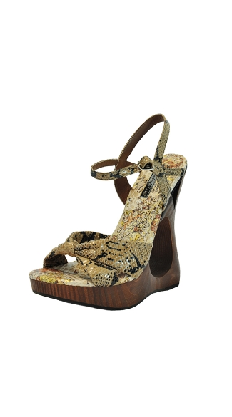 "5"" Wood Bottom Wedge With Snake Print Upper"
