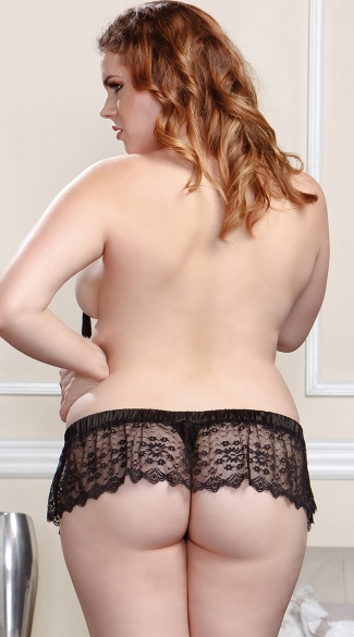 Plus Size Scallop Lace Skirted Thong