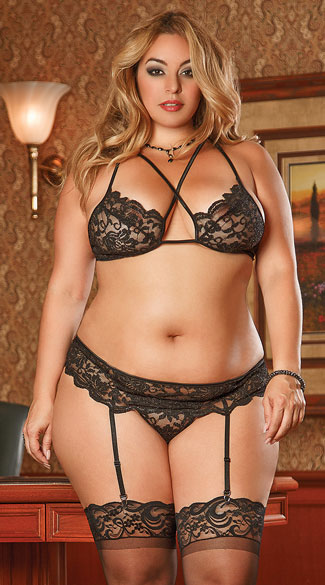 Plus Size Lacy Criss-Cross Three Piece Bra Top Set