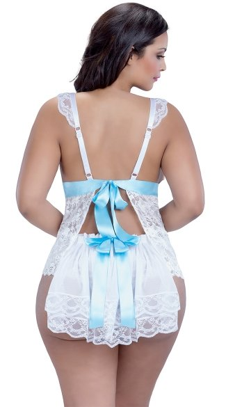Plus Size Bridal Beauty Camisole and Short Set