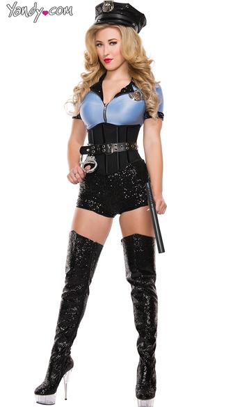 Sexy traffic cop
