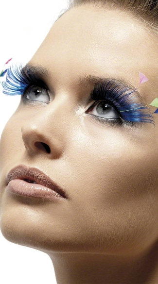 Royal Blue Eyelashes with Pastel Plumes