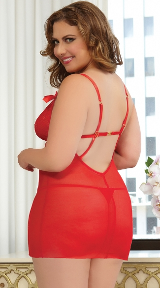 Plus Size Cupid\'s Bow Chemise and Thong