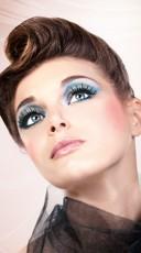 Hot Black Deluxe Adhesive Eyelashes