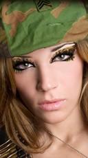 Cami Camouflage Eye Kit