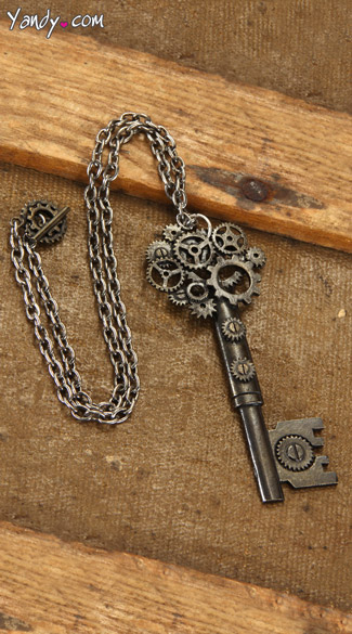 Antique Key Necklace - Gold