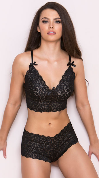 Stretch Lace Bralette And Boyshorts - Black