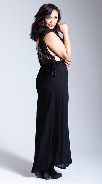 Plus Size Moonlight Gauze and Lace Maxi Gown - Black