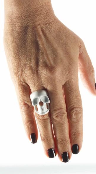White Skull Ring - Black/White