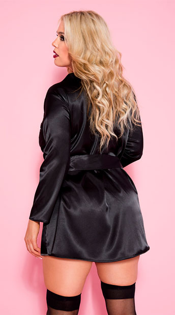 Plus Size Long Sleeve Black Satin Robe - Black