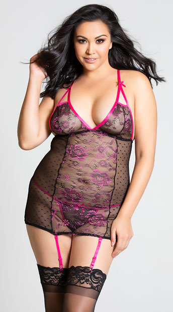 Plus Size Floral Mesh and Lace Chemise Set - Black