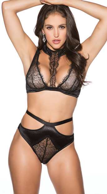 Plus Size Freak Show Bra Set - Black