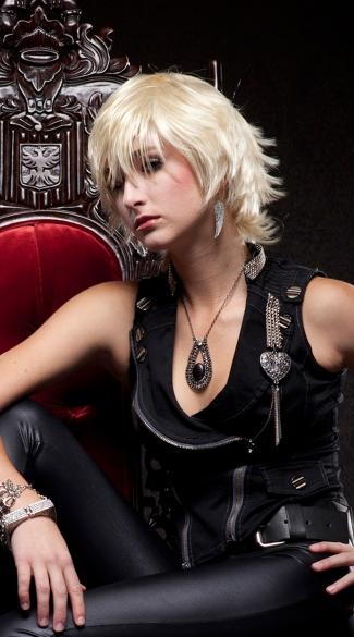 Blonde Layered Wig - California Blonde