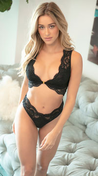 Stephanie Lace Thong - Black