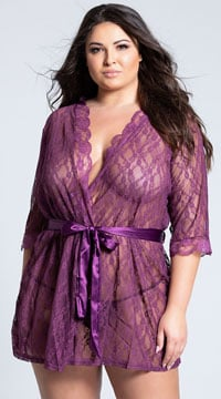 Plus Size Scalloped Lace Robe - Amaranth