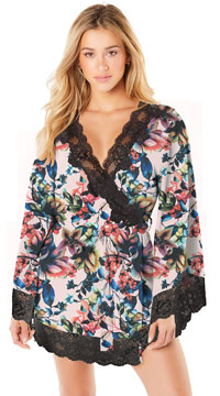 Reina Butterfly Sleeve Lace Robe - Pink Floral