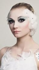 White Swan Eyes